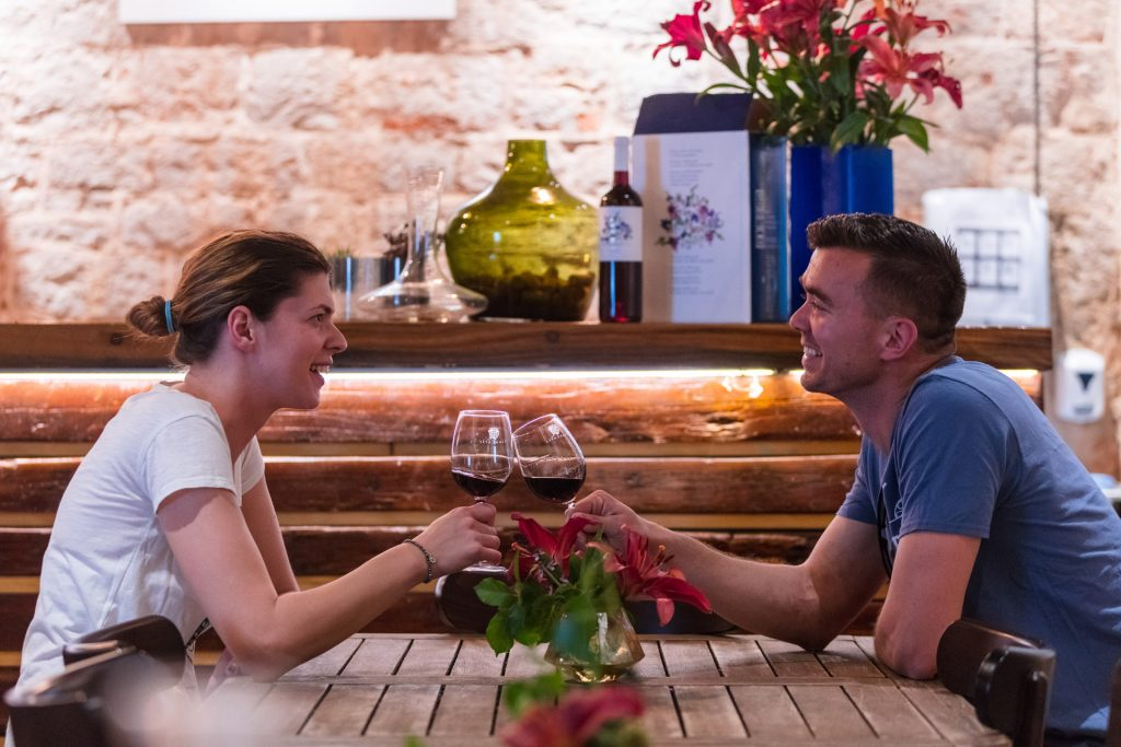 This tour is for two who are devoted to one another. We visit different wineries and enjoy a romantic get-a-way among the vineyards.