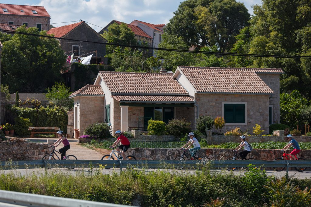Croatia's islands are some of the country best places to explore by bike. Ancient villages and coastal roads of island Hvar are waiting to be discovered.